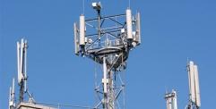 الاتصالات تعتزم تحسين خدمة الانترنت وتشدد على محاسبة الشركات المتلكئة