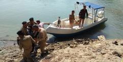 الشرطة النهرية تنقذ امرأة حاولت الانتحار بعد أن رمت نفسها وسط شاطيء الكوفة