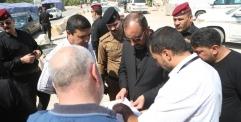 المحافظ يعلن عن انطلاق مشاريع تعبيد شوارع حي ميسان بقضاء الكوفة