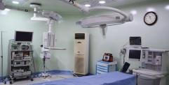 المحافظ يفتتح خمس صالات عمليات والخدج المعقم في مستشفى الفرات الاوسط ويشيد بجهود مديرية صحة النجف