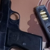دوريات نجدة النجف تلقي القبض على شخص يحمل مسدس غير مرخص
