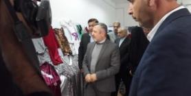 القنصل الإيراني يفتتح معرض لنتاجات منتدى الغدير النسوي في النجف