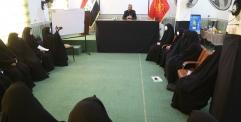 المحافظ يزور مركز الارشاد الاسري التابع للعتبة الحسينية في النجف