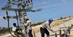 """الكهرباء تعد بالوصول إلى """"رقم تاريخي"""" في الانتاج الصيف المقبل"""