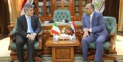 ..محافظ النجف يستقبل السفير الايطالي في العراق ويناقش معه سبل التعاون المشترك