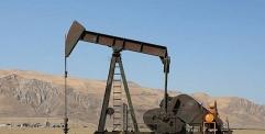 ارتفاع أسعار النفط لتتخطى حاجز الـ 60 دولارا للبرميل