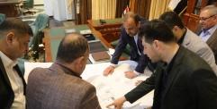 المحافظ يجتمع مع لجنة الخدمات في مجلس المحافظة والدوائر ذات العلاقة لوضع ضوابط تنظيم المقبرة الجديدة