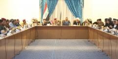 المحافظ يترأس اجتماعا موسعا للقادة الأمنيين والخدراء الخدميين استعدادا لزيارة الأربعين