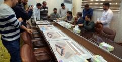 امين مسجد الكوفة يناقش عروض احدى الشركات لتنفيذ مشروع تسقيف المنطقة المحيطة بالمسجد المعظم