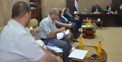 الكرعاوي يجتمع باللجنة المشرفة على فرش السبيس في مجلس المحافظة