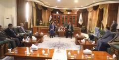 المحافظ يستقبل السفير البريطاني في العراق ويناقشان عدد من الملفات المشتركة